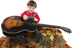 child-leaves-guitar-gitarist-kiev-ua
