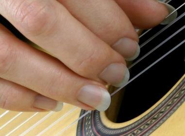 Правильная форма ногтей для игры на гитаре
