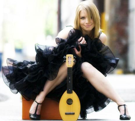 ukulele girl